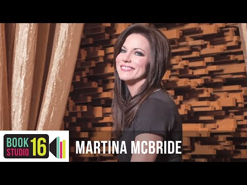 Martina McBride Wrote a Cookbook!