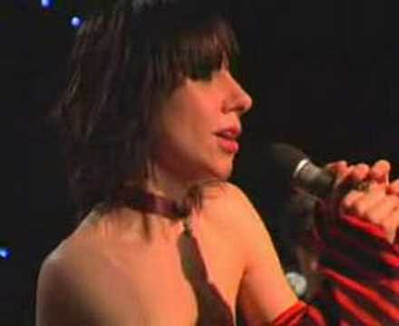 Pj Harvey - You Come Through