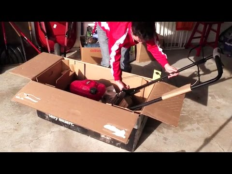 Honda Lawn Mower Unboxing and Start Up - 21'' 3-in-1 Self Propelled Smart Drive HRR216VKA