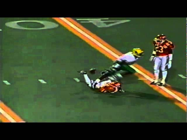 Oregon WR Damon Griffin 28 yard reception vs. UTEP 9-12-1998