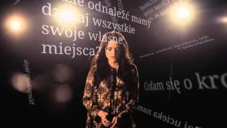Kasia Popowska – Graj (lyric video)