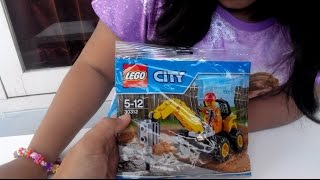Lego City 30312 Demolition Driller Assembling