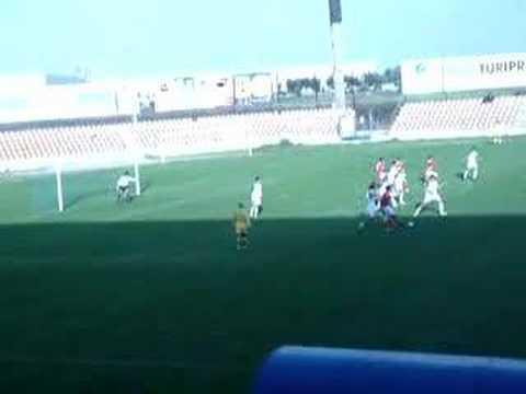 Alverca 0-6 Benfica (Juniores) 24.02.2007 Yu Dabao faz o quinto golo do jogo.
