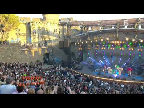 David Guetta Ft Chris Willis - Gettin Over You (at Fete De La Musique 2010) video