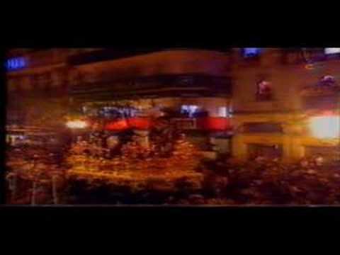 Semana Santa de Sevilla (Hdad. Triana en Campana, año 2004) Uno de los mejores pasos por Campana