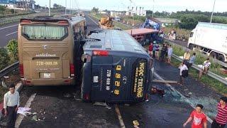 Hiện trường kinh hoàng vụ tai nạn liên hoàn trên cao tốc Long Thành