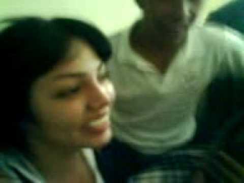 beso de colegialas (Torreon)