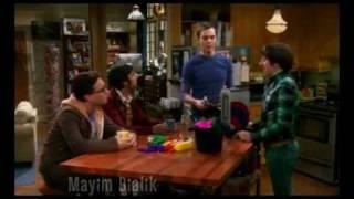 The Big Bang Theory - is Nathan Fillion better than Ryan Reynolds as Green Lantern?