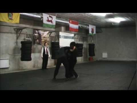 демонстрационный поединок Басс Артур vs Чернятин Олег (шпага + баклер)