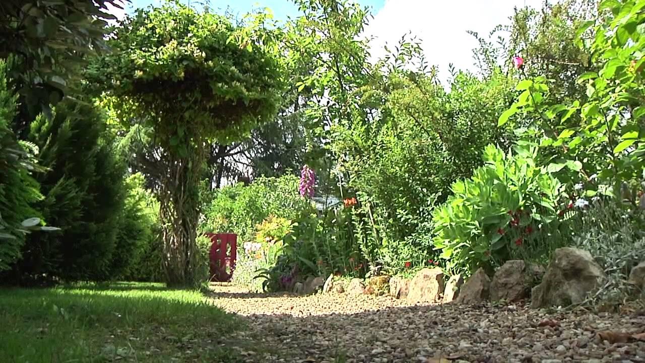 Teaser rdv aux jardins youtube for Rdv aux jardins