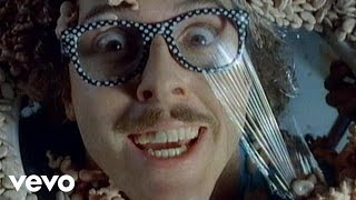 Клип Weird Al Yankovic - Dare To Be Stupid