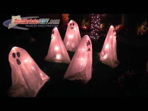 RealEstateSINY.com's 2015 Halloween Home Decorating Contest: 26 Santa Monica Lane