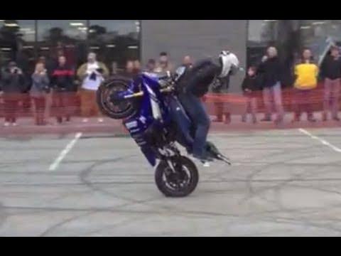 Extreme Yamaha R Stunts