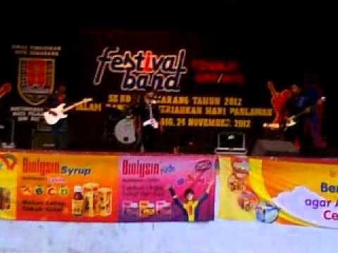 Festival band tingkat SMP se kota Semarang 1 di Wonderia 2012