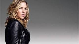 Watch Diana Krall Folks Who Live On The Hill video