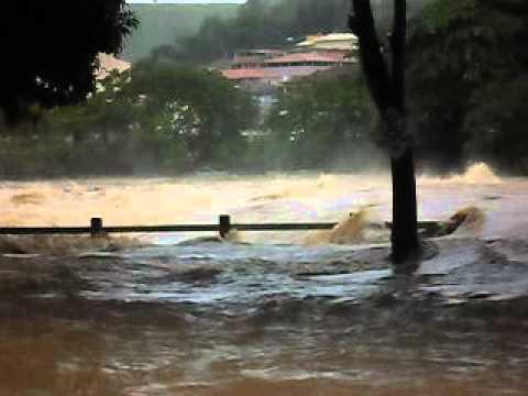 Enchente em Nova Venécia.
