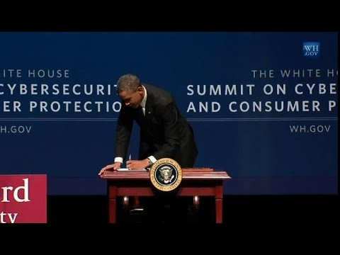 CNET News - President Obama signs executive order for information sharing (video)