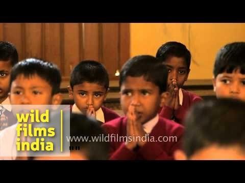 Indian school kids praying