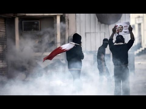 Police, opposition protesters clash in Bahrain