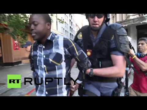 South Africa: Multiple arrests as student protesters swamp Cape Town