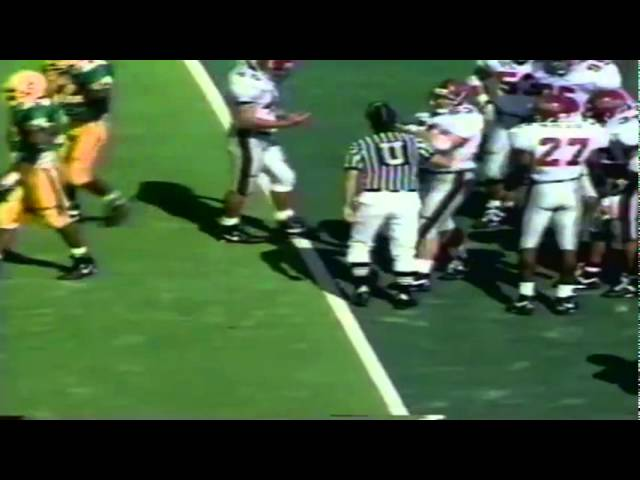 Oregon QB Danny O'neil 12 yard scramble vs. New Mexico St. 10-05-91