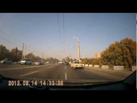 ДТП на Новом мосту в Днепропетровске 14.09.12 [2 ВИДЕО, ФОТО]