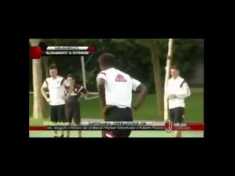 Sulley Muntari's dancing Azonto at AC Milan training
