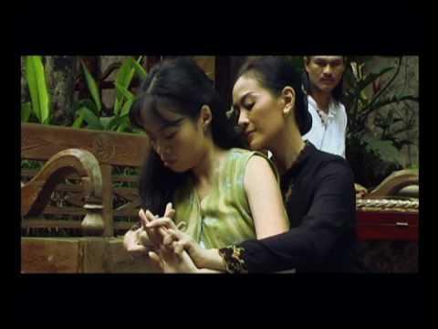 Exodus - Wanita Yang Berlari ~ a film by Sherman Ong