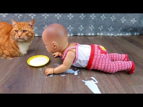 Куклы Пупсики НЕ ПЕЙ ЭТО МОЛОКО! Аннабель Ползает Учится Ходить Игрушки Для Девочек