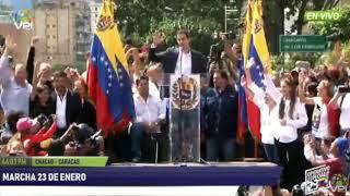 Así se Juramentó Juan Guaidó como Presidente Interino de Venezuela