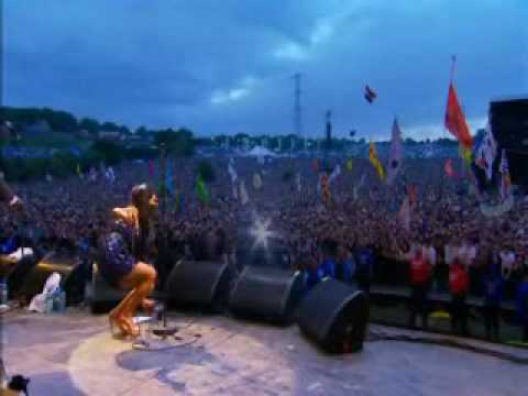 Amy Winehouse - Live In Glastonbury 2008 [parte 1]