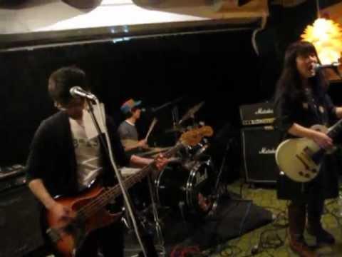 RED GO-CART - Heartstrings @Zoot Horn Rollo in Hamamatsu japan