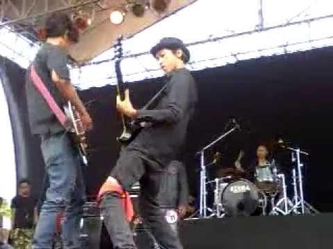 Download Lagu Festival Rock Indonesia Ke V