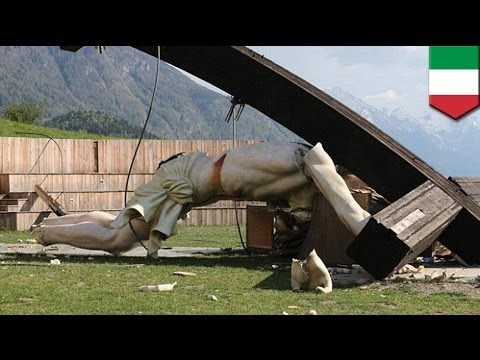 Statue of Jesus made to honor Pope John Paul II kills Italian man