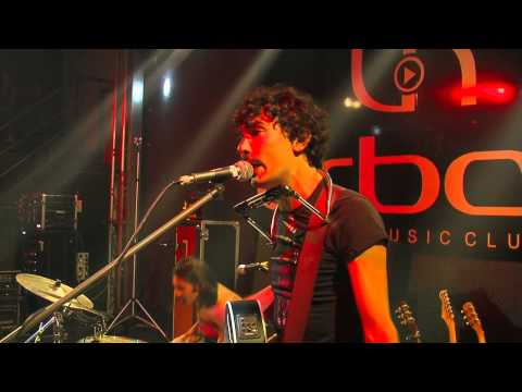 Radio Bonobo - The Zen Circus - Andate tutti affanculo (live at urban club HD)