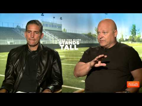 When The Game Stands Tall Interview With Michael Chiklis, Jim Caviezel and More [HD]