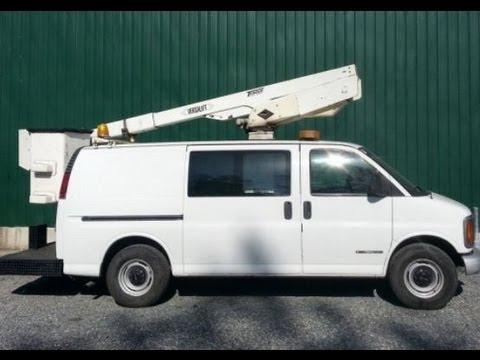 2002 Gmc Savana 3500 Bucket Van For Sale Versalift Boom