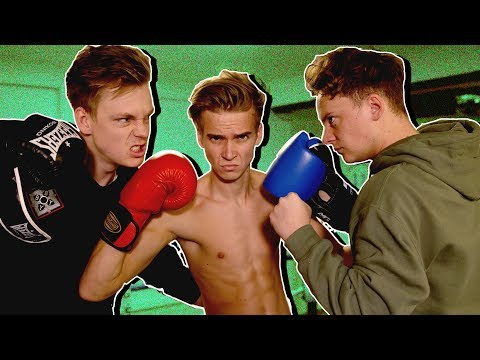 YOUTUBERS LIGHTS-OFF BOXING (CASPAR VS CONOR)