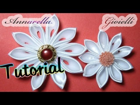 Tutorial kanzashi tsumami fiore di raso satin flower for Tutorial fermaporta di stoffa