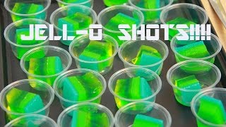 DIY LAYERED JELL-O SHOTS!!! SUPER ALCOHOLIC !!