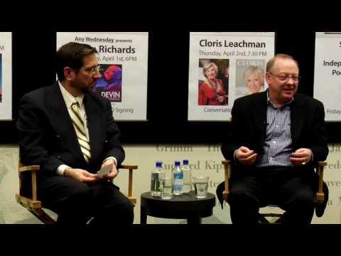 Nicholas McGegan: Offstage at Barnes & Noble (5 of 7)
