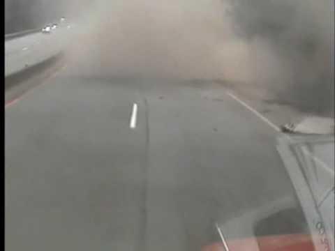 Acidente ( Ao Vivo) Caminhão X Guard Rail