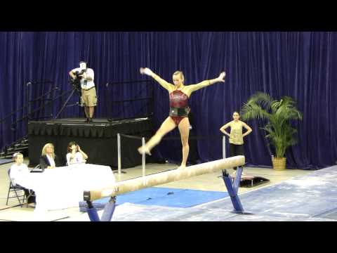 Gophers Shannon Golich rocks beam at regionals