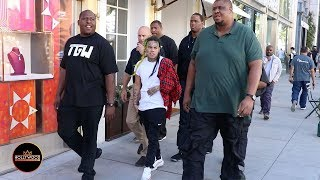 Tekashi69 Surrounded By Massive Bodyguards on Rodeo Drive in Beverly Hills