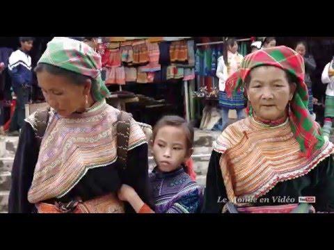 Bac Ha Market , Vietnam