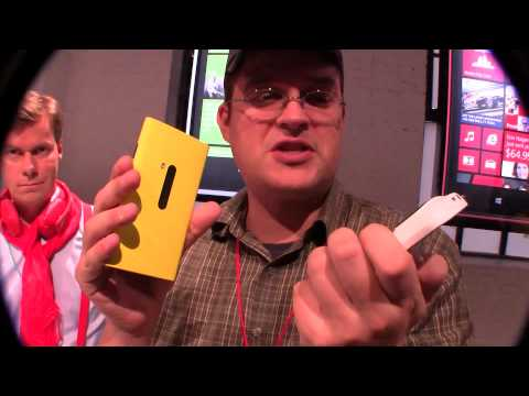 Nokia Lumia 920 Hands On and first look