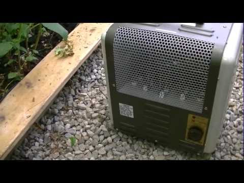 Backyard Greenhouse Heating in Winter  (2)