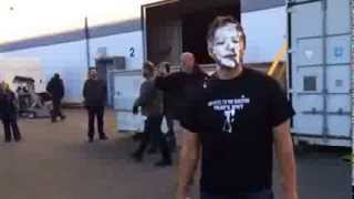 Jensen Ackles giving Misha Collins a pie in the face pt 2 !