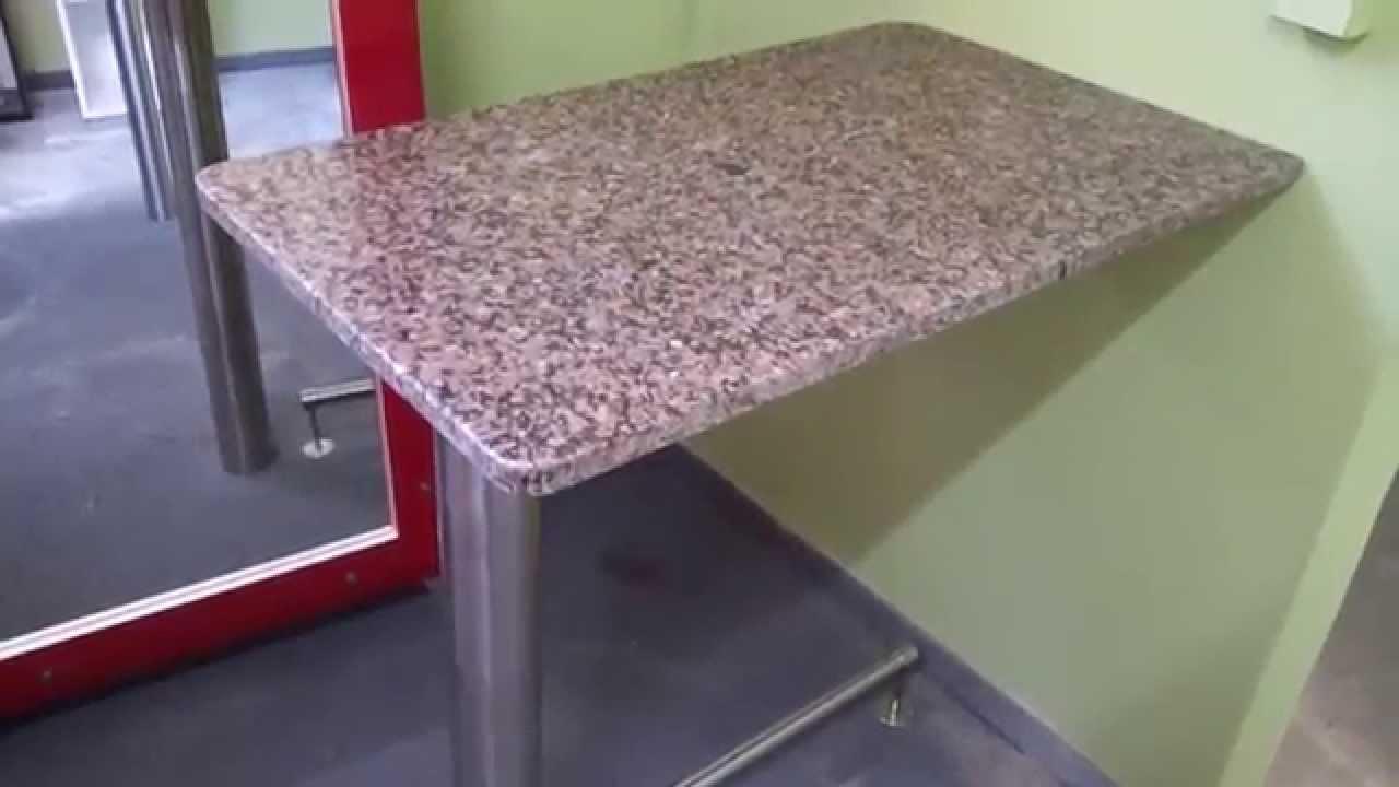 Desayunador granito columna y apoya pies acero inoxidable for Como pulir una mesa de marmol