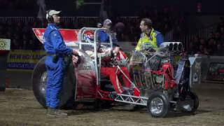 Minis Unlimited Indoor Tractor Pulling Rotterdam Ahoy 2017 by MrJo